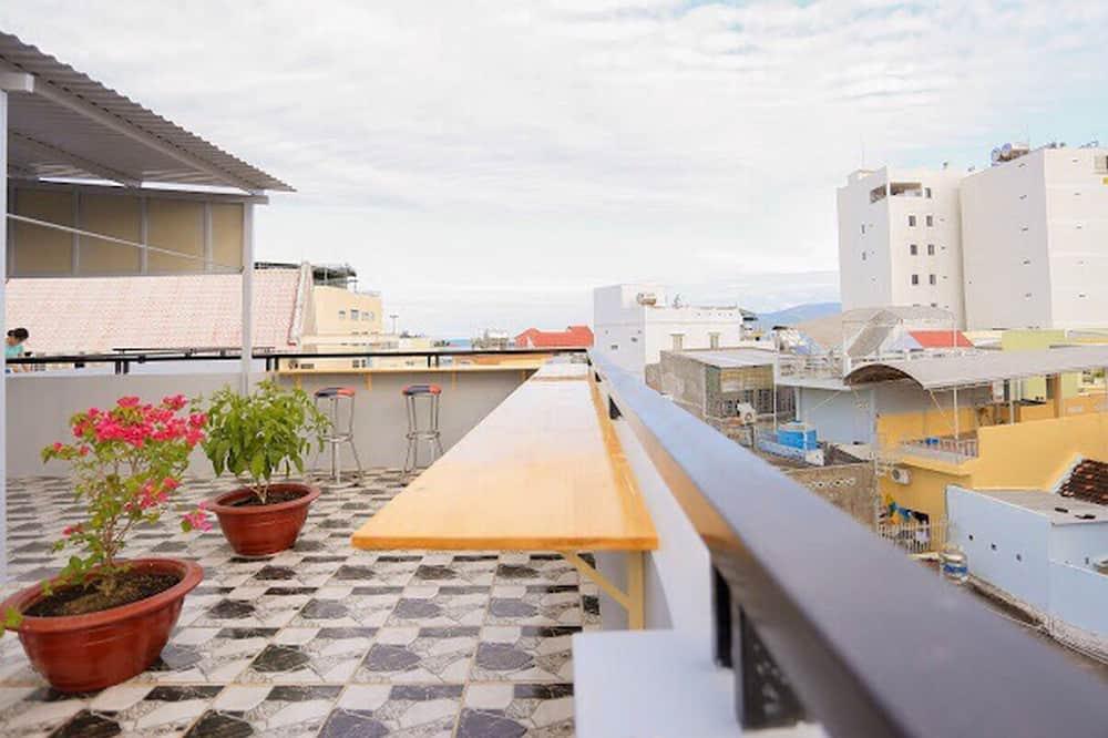 Thap Ba Hana Apartment