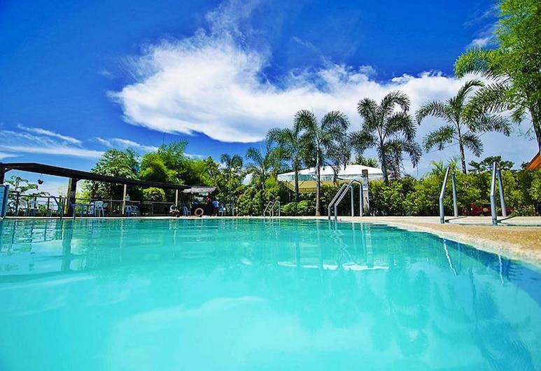 ستارجايت دريم فاكيشن ريزورت, Cagayan de Oro, حمّام سباحة خارجي