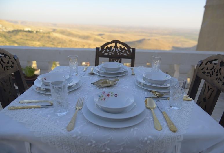 Merdin Hotel, Mardin, Quintal