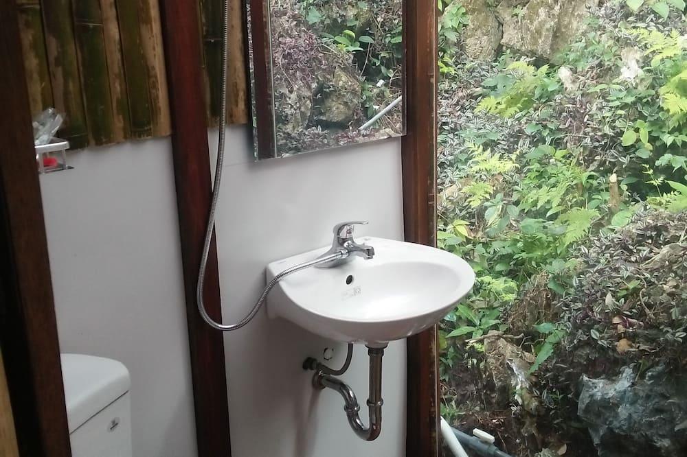 Семейное бунгало, 1 спальня, балкон, вид на горы ( 102 ) - Ванная комната