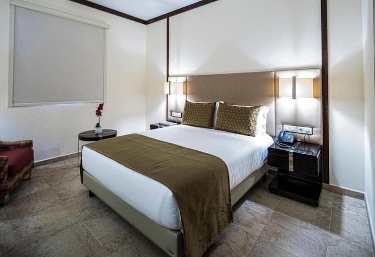 iu Hotel Luanda Cacuaco, Cacuaco, Standard Double Room, Guest Room