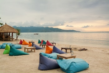 Enter your dates to get the Gili Air hotel deal