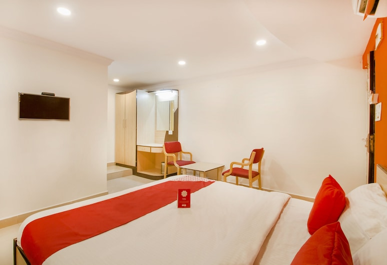 OYO 10107 Hotel Ankitha Residency, Hyderabad, Double or Twin Room, Guest Room