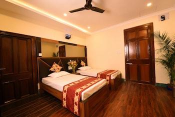 10 Best Cheap Hotels Near Rabindra Sadan Station - Hotels com