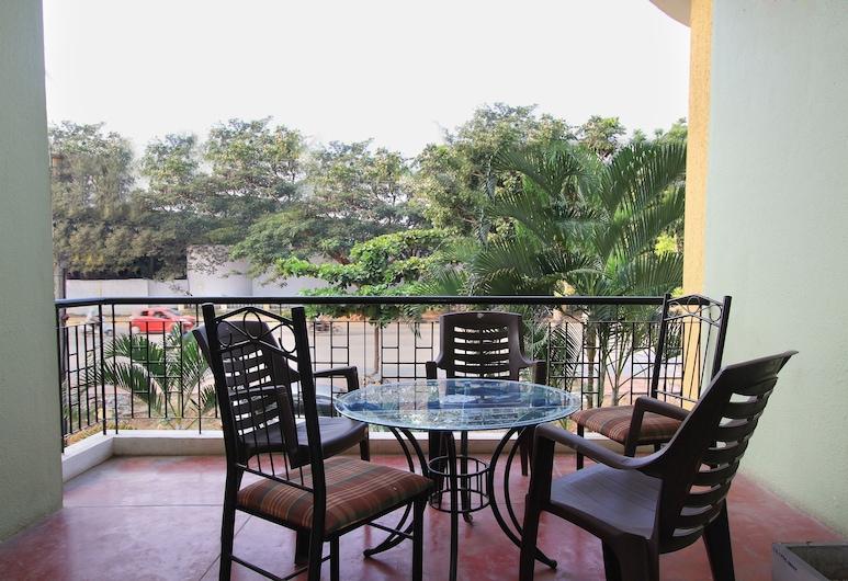 OYO 10193 Hotel MSR Comfort, Mysore, Double or Twin Room, Balcony