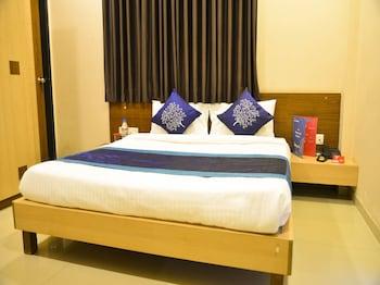 納西克OYO 3776 中城旅館酒店的圖片