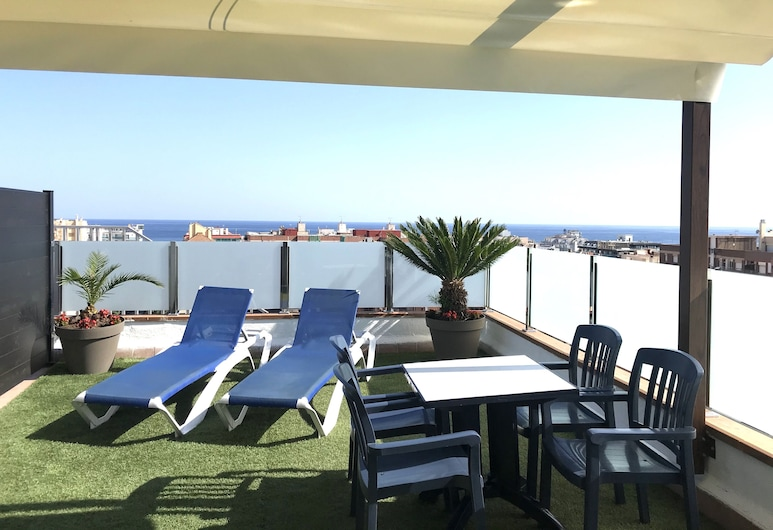 Hotel Mar Blau, Calella, Superior Room with terrace, Guest Room