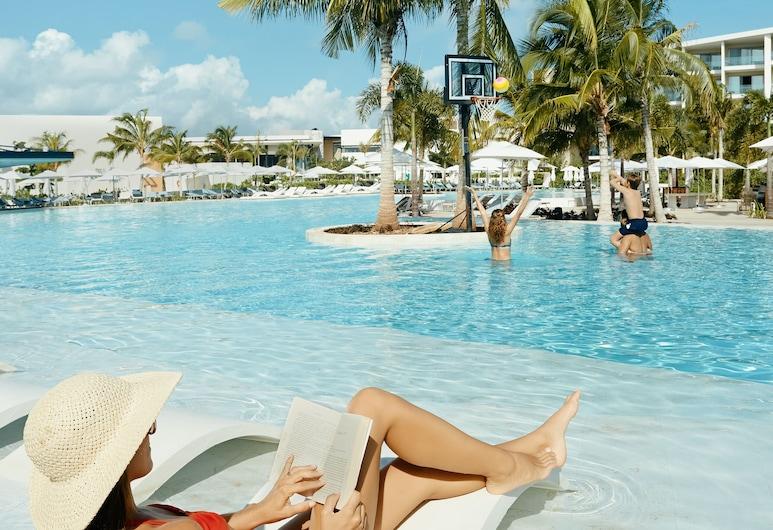 Grand Palladium Costa Mujeres Resort & Spa - All Inclusive, Costa Mujeres, Geladak matahari
