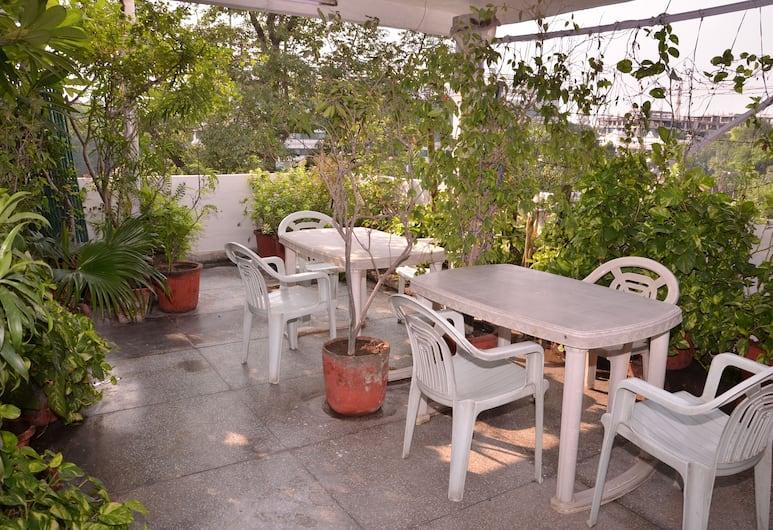 Prem Sagar Guest House, New Delhi, Terras