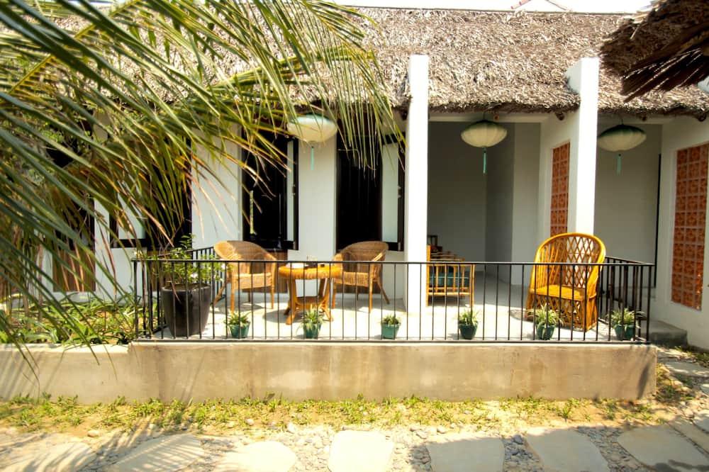 Villa, 2 Bedrooms, Balcony, Garden View - Balcony