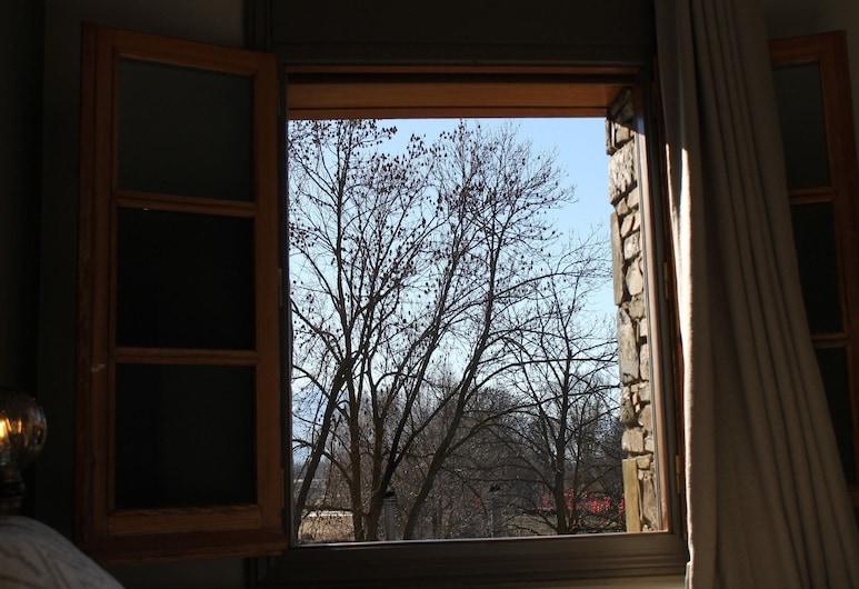 bEAuTy Llívia, ליבייה, סוויטת ג'וניור, נוף מחדר האורחים
