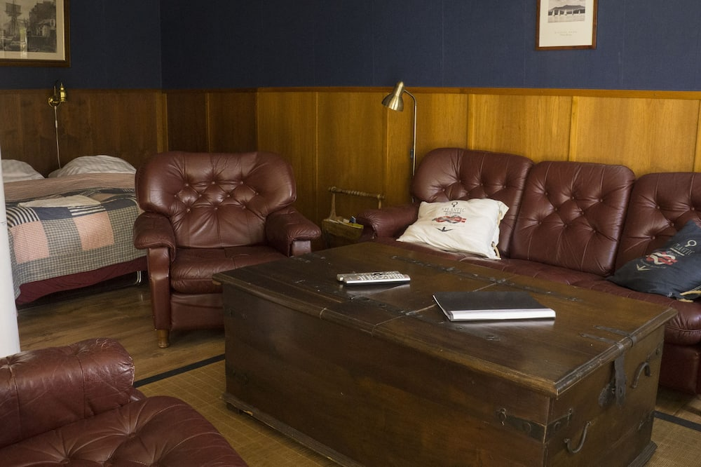 Habitación doble, en edificio anexo - Sala de estar