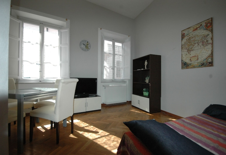 Residence Il Duomo Lucca, Lucca, Apartment, 1 Bedroom, Kitchen, Tower, Living Room