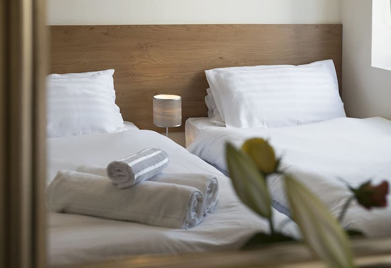 Cargo Cafe Apartments - Guest House, Liverpool, Deluxe Twin Room, Guest Room