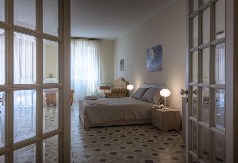 Suite della villa, Lecce, Appartement Confort, balcon, Chambre