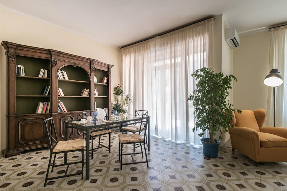 Appartamento Comfort, balcone - Pasti in camera