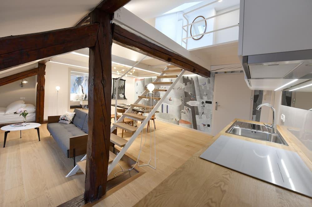 Deluxe Duplex, 2 Bedrooms, River View (Third floor) - In-Room Kitchen