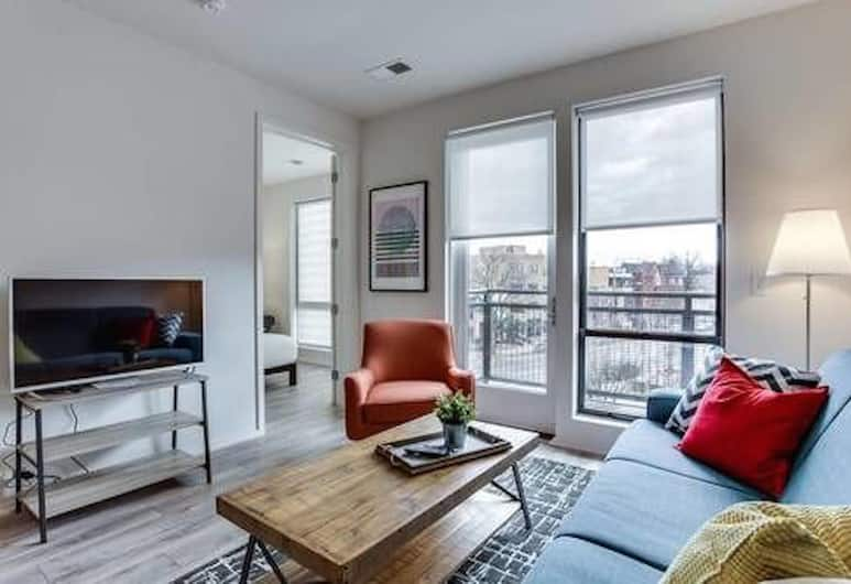 Logan Circle Corp Rentals by NamaStay, Washington