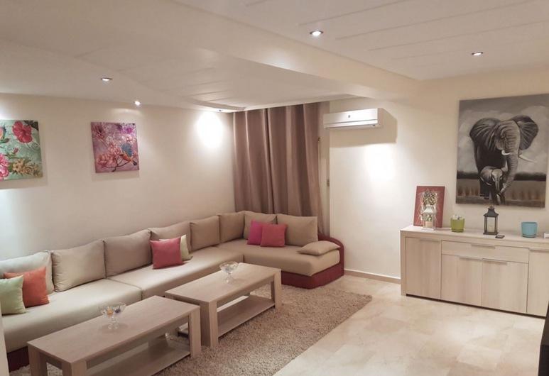 Spacious Apartment Downtown, Casablanca, Külaliskorter, 2 magamistoaga, Elutuba