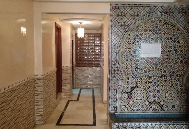 Spacious Apartment Downtown, Casablanca, Inngangur gististaðar
