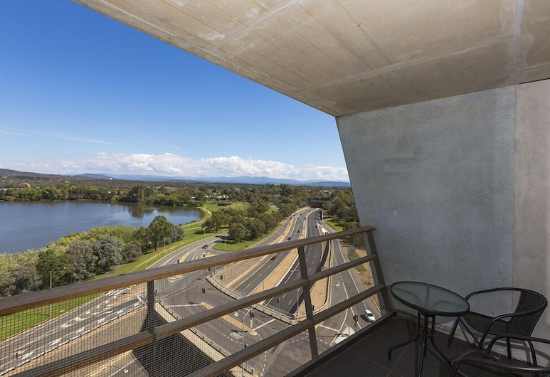Accommodate Canberra - Nishi, Canberra, Apartment, 1 Bedroom (Nishi 1010), Balcony