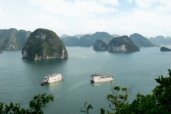 Picture of Halong Majestic Legend Cruise in Halong