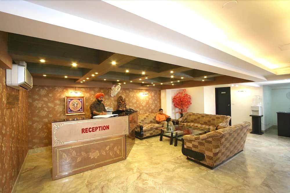 Jeniffer Inn