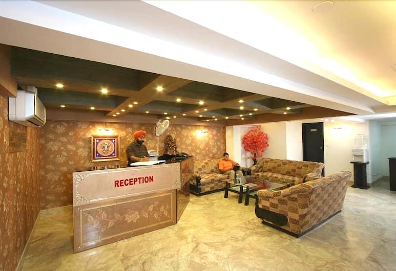 Jeniffer Inn, New Delhi