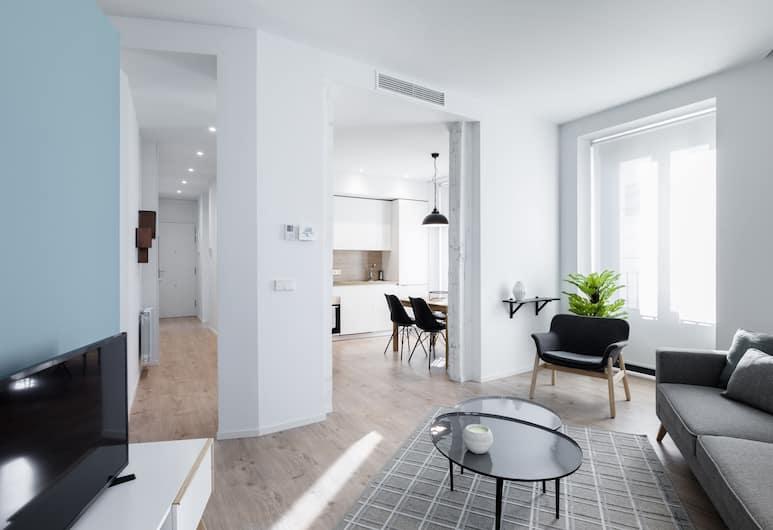 Puerta Toledo Apartment by FlatSweethome, Madryt, Apartament, 2 sypialnie, balkon, widok na miasto, Salon