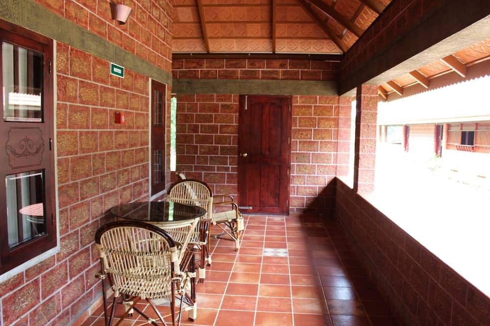 Premium Double or Twin Room, 1 Double Bed, Non Smoking, Garden View - Balcony