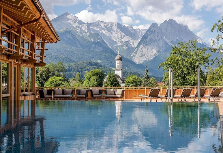Werdenfelserei, Garmisch-Partenkirchen, Piscina a sfioro