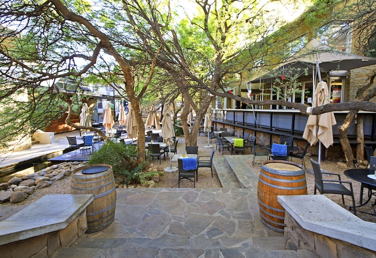 Suite 9 The Village, Windhoek, Restaurante