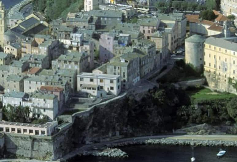 Apartment With 3 Bedrooms in Bastia, With Wonderful Mountain View, Furnished Terrace and Wifi, Bastia, Madártávlatú nézet