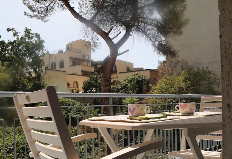 A casa di Paola, Napoli, Tremannsrom, delt bad, Terrasse/veranda
