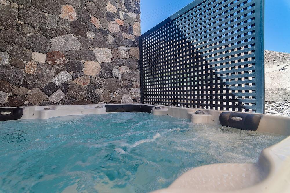 ヴィラ (Castle View) - 屋外スパ浴槽
