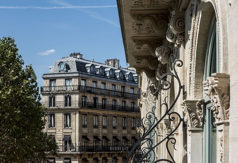 Fauchon L'Hotel Paris, Paris, Deluxe Room, View, Tower (Eiffel Tower), Balcony