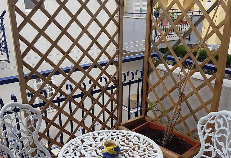 Appartamento Stella Marina, Сант'Аньєлло, Розкішні апартаменти, 3 спальні, 2 ванни, з видом на сад, Балкон