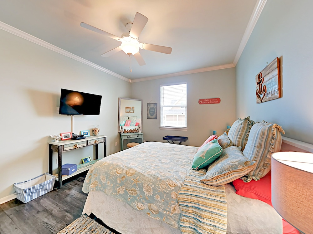 Turtle Beach Home 3 Bedrooms 2 Bathrooms Home, Port Bolivar, House, 3  Bedrooms