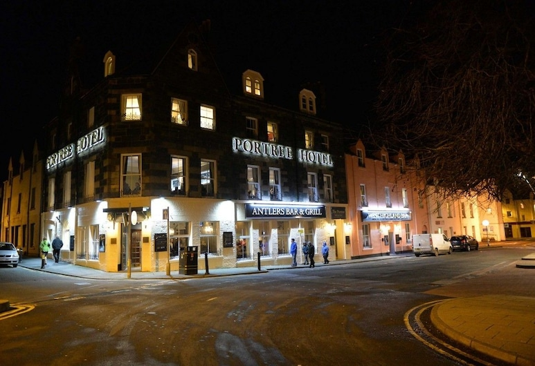 The Portree Hotel, Portree, Hotel Front – Evening/Night
