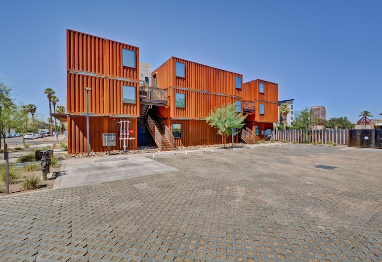 1BR Cargo Container 203 by WanderJaunt, Phoenix