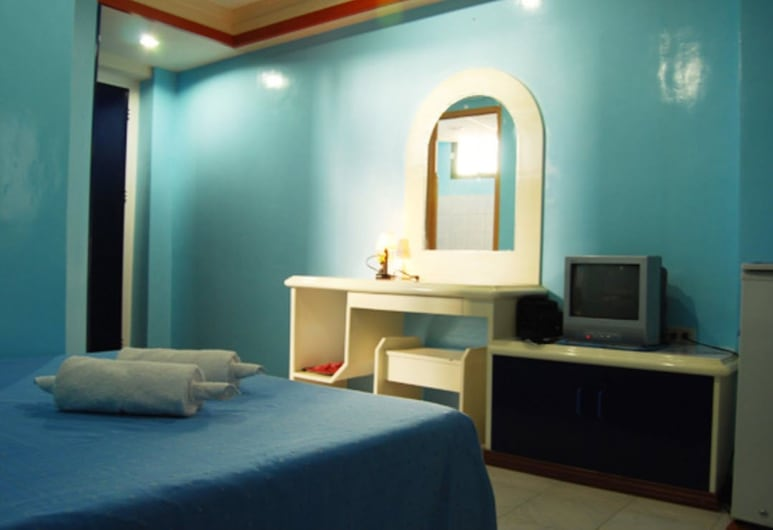 Taver's Pension House, Tagbilaran, Deluxe Single Room, Guest Room