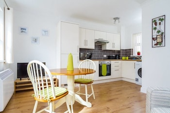 Picture of Stay In Cardiff Canton St. John's Court Apartment  in Cardiff