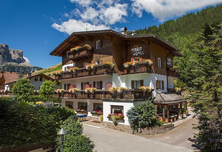 Hotel Maria, Corvara in Badia, Hotel Front