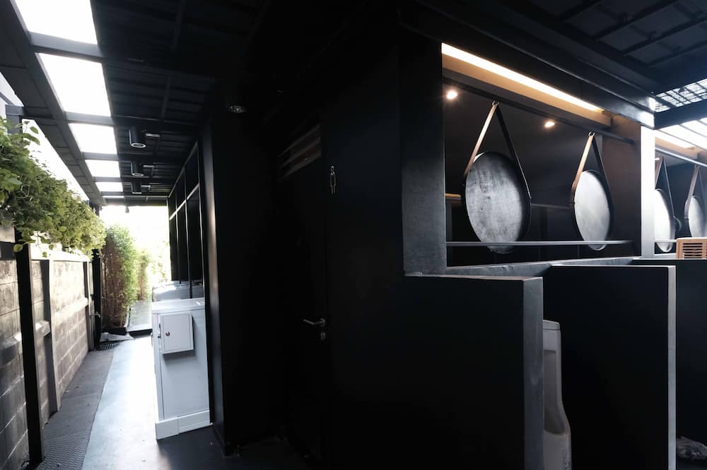 Triple Room with Shared Bathroom  - Bathroom