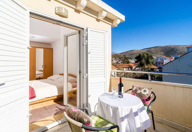 Nikola Apartments, Dubrovnik, Huoneisto, Parveke, Kaupunkinäköala (A3), Oleskelualue