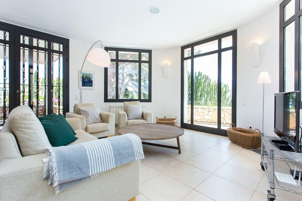 Villa - 6 soveværelser - privat pool - havudsigt - Opholdsområde