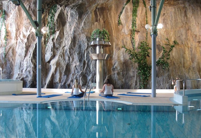 Holiday Club Tampere apartments, Tampere, Indoor Pool