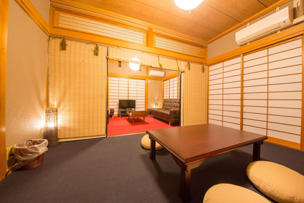 Traditional-Stadtwohnung (Japanese Style) - Wohnzimmer