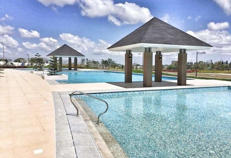 Tagaytay Condotel, Tagaytay, Outdoor Pool