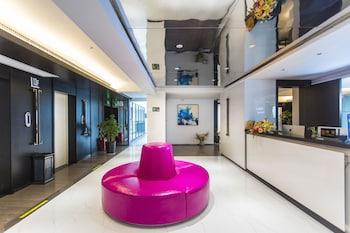 תמונה של Niuguanjia Modern Guest House בז'אנג'יאג'יה